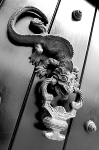 lizard-door-knocker1