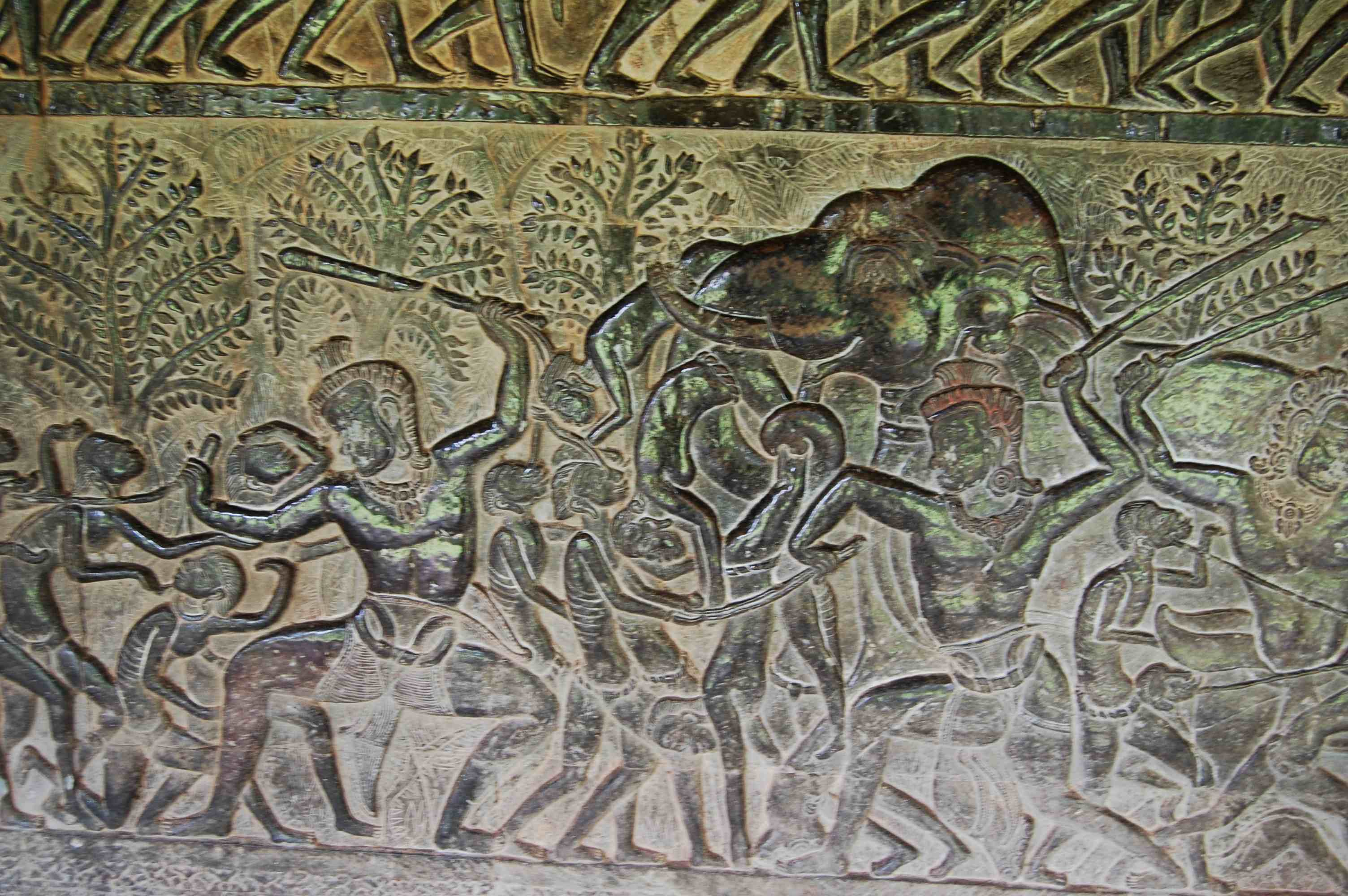 http://adamandmegstravels.files.wordpress.com/2009/08/angkor-wat-detail-shots-10.jpg